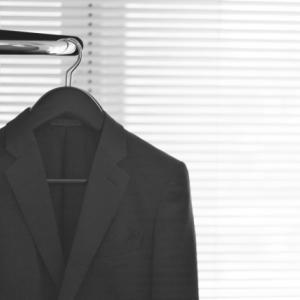 スーツを買うのは決意がいると思う。