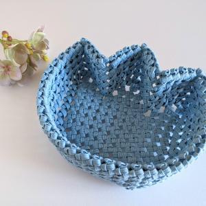 石畳編みのチューリップ型かご、作ってみました【ハンドメイド】