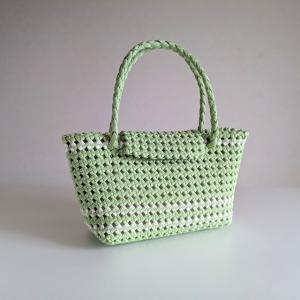 石畳編みのフタ付きかごバッグS(小さめ/グリーン)の紹介【ハンドメイド】