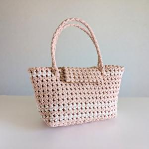 石畳編みのフタ付きかごバッグS(小さめ/薄ピンク)の紹介【ハンドメイド】