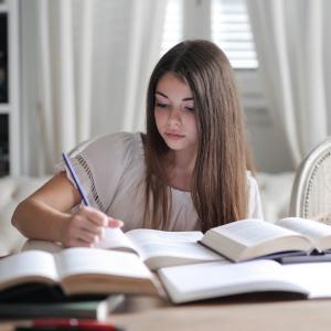 【ブログ紹介】初心者ブロガーが実践している勉強法・リライト方法とその成果