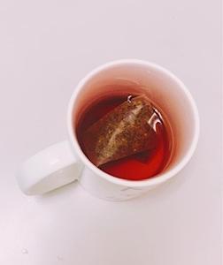 ルイボスティー を飲んでいる人必見??ルイボスティーより美容効果の高いお茶とは!