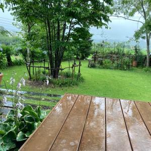今日も大雨続いてます(;´д`)避難警報も出てる