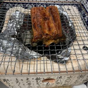 【夏バテ対策】丑の日を先取り!インドネシア産養殖うなぎを炭火焼きでパリパリにしてみた