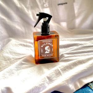 【評価レビュー】「グラッドハンド ウルフマン ヘアウォーター」忙しい朝のヘアケア&香り付けはこれでOK!