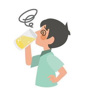 ウイスキー角瓶半分一気飲みしてから体がおかしい