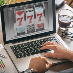 ベラジョンカジノの系列サイト「インターカジノ」を比較解説