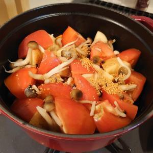 トマト肉じゃがを作ろうとしたんだけど……。