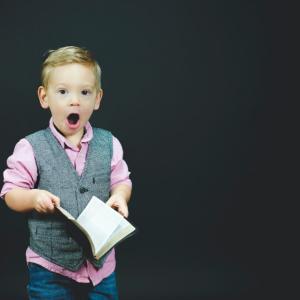 本を読まなくなった男の子には図鑑を使おう!【使い方を解説】
