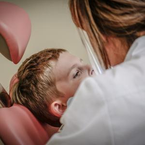子どもにやさしい歯医者さん