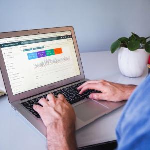 WordPressブログにGoogleアナリティクスを導入する方法