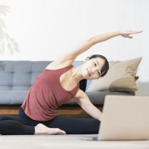 [腰の反りが気になる方へ]反り腰改善ストレッチ法を紹介!
