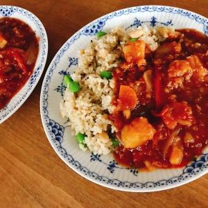 煮込みは予約機能を使う!味シミシミ、ていねいな加熱がおいしい「ホットクックで作るさつまいもとレンズ豆の煮込み」