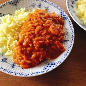 スパイスで作る!小麦粉なしで野菜のとろみを生かして作る「ホットクックで作る薬膳スパイスカレー」