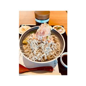 ららぽーと立川立飛の海鮮丼美味いよ