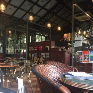 代官山の古き良きイタリア風オープンカフェ 「カフェミケランジェロ」