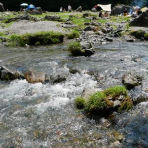 名栗渓谷で川遊びと、加藤牧場で手づくりアイスを楽しんできました