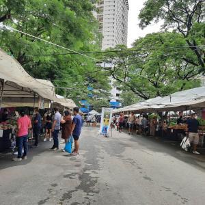 マニラ・ロックダウン前のSunday Marketとタイ料理