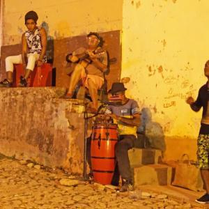 キューバで ライブ巡り・海・葉巻・・・子供と2人旅 ②