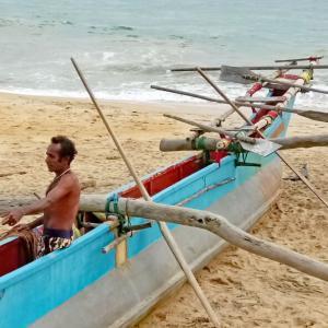 フィッシャーマンが舟出するまで in スリランカ