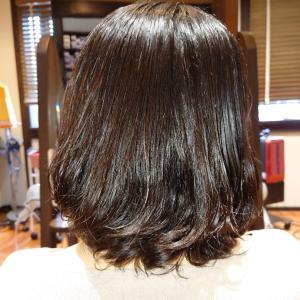 ボリュームが出やすい髪もこうすればパーマで可愛く変身です❤