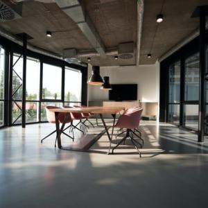 出張買取の始め方2、場所を用意する、事務所を借りる。自宅でやるか。