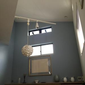新築・リフォーム 壁と天井が広々見える!…おすすめは床置き型エアコン