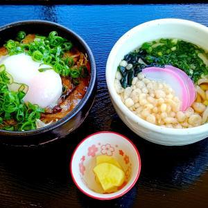 へんぽこ茶屋 豚丼ミニ+ミニうどん 半熟卵