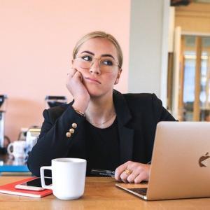 フリーランスで働く?転職する?ヒプマイキャラが語る「フリーランス」「会社員」であることのメリット・デメリット