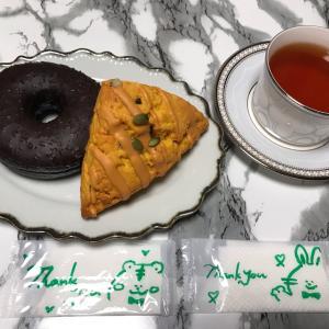 【スタバ】パンプキンに秋を感じながら、スタバ店員さんをしげしげと尊敬した朝♡