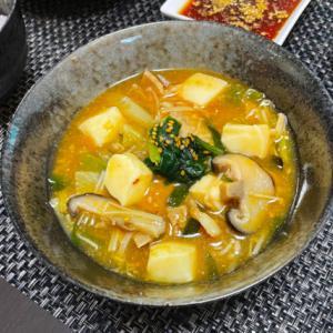 韓国のオモニが指南した本場韓国の味を再現した旨味たっぷりのキムチチゲ