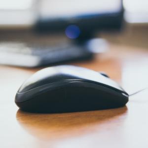 ノートパソコンにマウスはいらない、タッチパッドで充分 ~マウス断捨離~