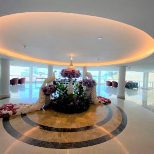 【パタヤ】有名ホテル「ドゥシタニ  Dusit Thani」に泊まったみた!
