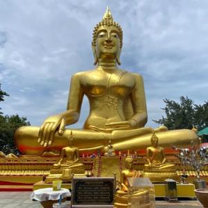【パタヤ】チョンブリ最大の仏像がある「ワット・プラヤイ」に行ってみた!