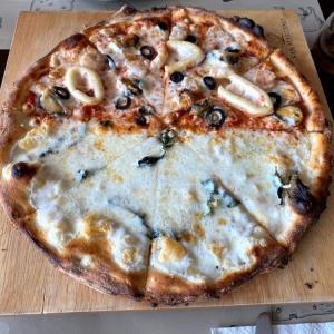 【バンセン】薪窯で作るピザが美味しい「SAN MARZANO」に行ってみた!