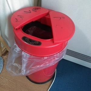 ゴミ袋の効率的な収納場所 そこか!