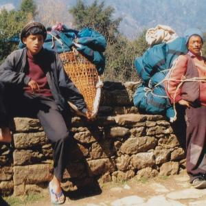 エベレスト街道の人たち―2003年