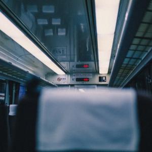 ぼっちが帰省、長距離電車に乗るときの過ごし方