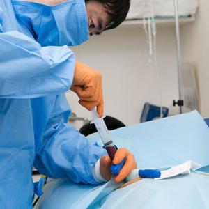 骨髄穿刺の痛みは麻酔で回避できるのか?