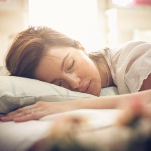 【副作用なし】睡眠の質を上げるおすすめのサプリ3選【寝付きも良くなる】