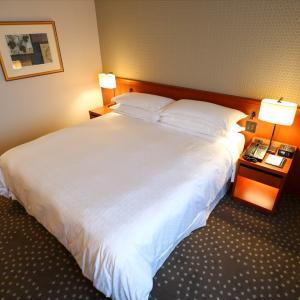 【宿泊記】横浜ベイシェラトン ホテル&タワーズ  ラグジュアリーキング(シティビュー) 2310号室
