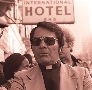 【人民寺院事件】教祖ジム・ジョーンズは信者900人以上に集団自殺を命じた!?