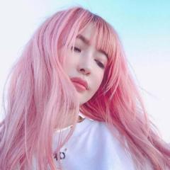 平子理沙、ピンク髪の自撮りが大不評「加工お疲れ様です」