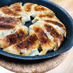 【餃子】旨味たっぷり!人気の『姜葱醤』とオイスターソースで*ふたりぶんレシピ*