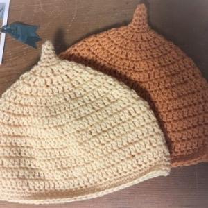 【定番】どんぐり帽子「初めてでも簡単!必ず編み上がる」編み方を記述しました。かぎ針・初心者・新生児・ママ