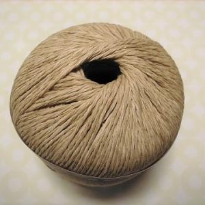 【玉巻器】夏糸をスルスルと編みやすくする、ひと手間。夏糸が、内側から取り出しづらい場合に。