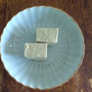 昔、本で知ったお菓子「ハルヴァ」を食べてみた。