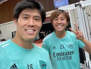 海外の反応「日本のスター二人じゃん」名門で活躍する日本の男女がドキドキ2ショット公開!海外大興奮