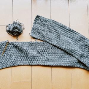 リフ編みのブランケットを編み始めました