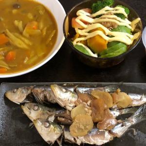 昨日の晩ごはんはいわしと梅干しと生姜で甘辛煮